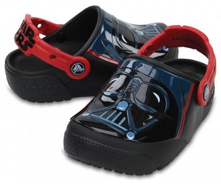 Kids' Crocs Fun Lab Lights Darth Vader™ Clogs